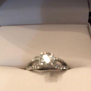 10K White Gold Diamond Engagement or Dress Ring